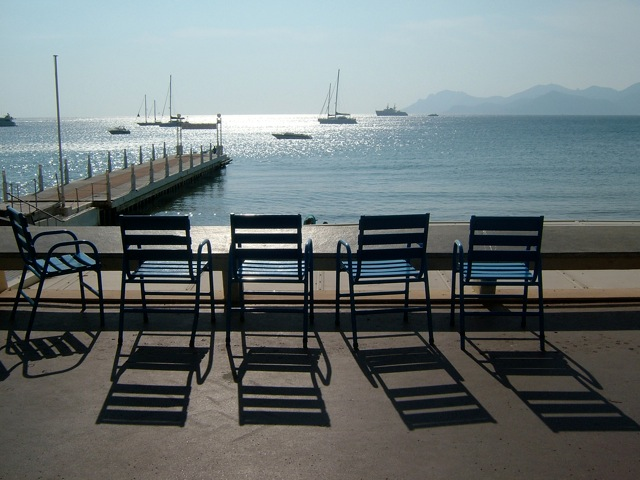 Postcard_for postcard Chairs at Cannes